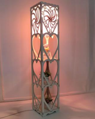 Saatli Raflı Ahşap Lambader Kalpli Zemin Aydınlatma 130x25 cm