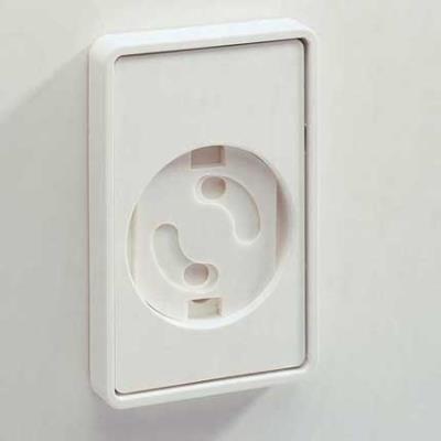 Automatic Closing Socket Protector 6-Pack